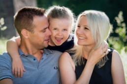 Familienfoto Eltern und Kind