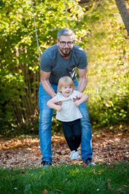Foto Vater und Kind im Wald