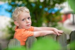 Foto Kindergartenkind im Garten
