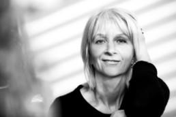 schwarz-weiß Portrait einer Frau in Pforzheim